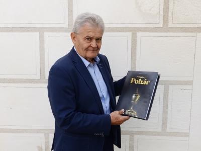 Kolář kniha - FAČR.jpg